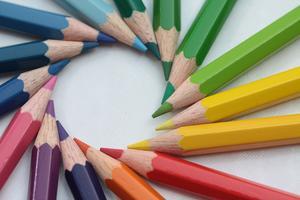 Na firemním logu záleží: Jak jeho tvar ovlivňuje očekávání zákazníků (2/2)